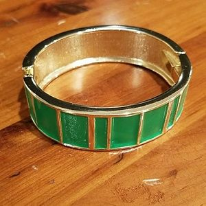 Goldtone and Kelly Green Enamel Bangle